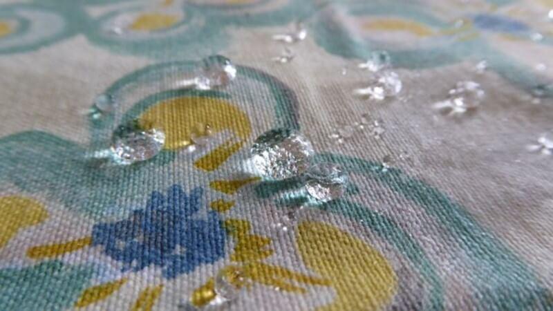 机上の水滴